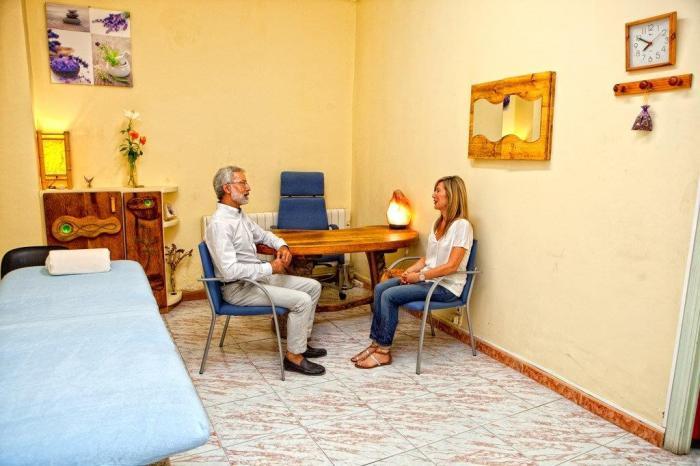 Terapia Craneosacral Biodinámica y Focusing con Javier de María en Elche Alicante